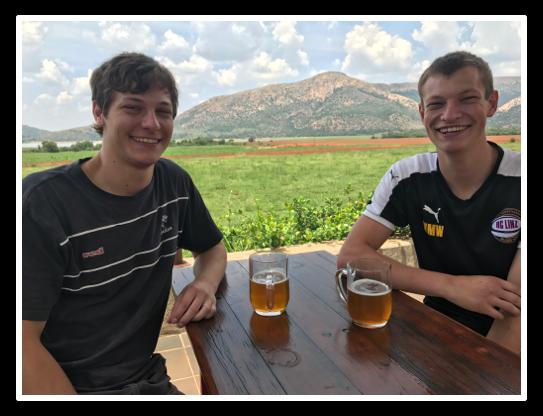 Detlev und Matthias beim Dam 2017.png